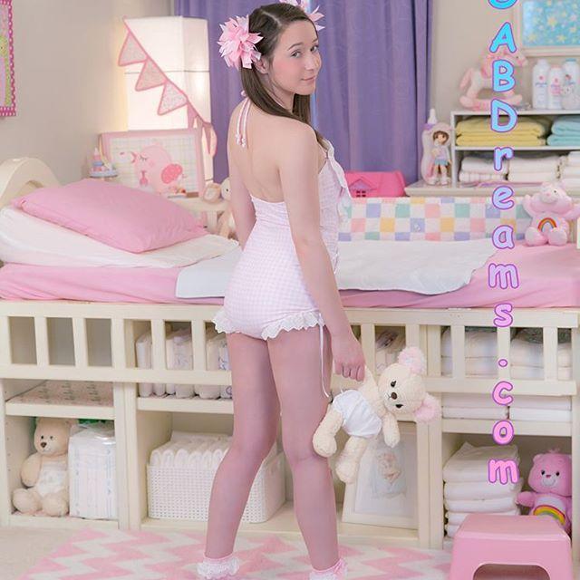 Hot teen girls in diapers