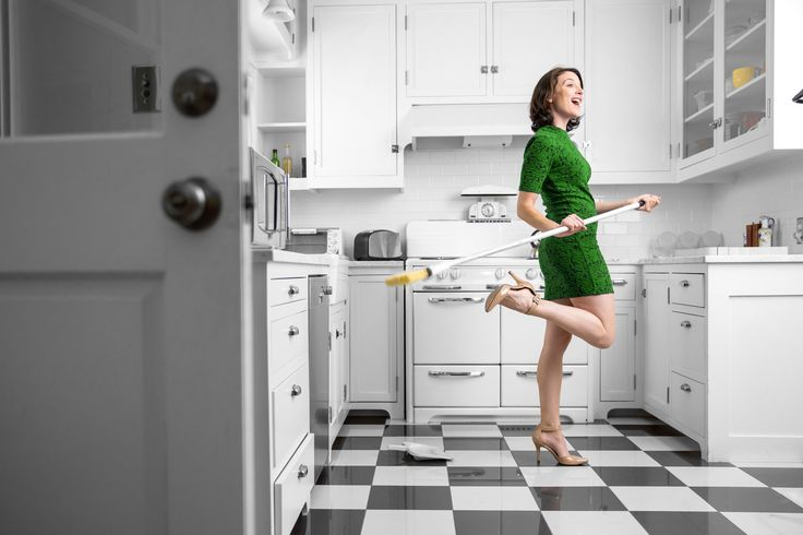 Fliesen reinigen - das ist eine Aufgabe, die keiner gerne macht. Dabei ist das eigentlich ganz einfach, zumindest mit den richtigen Reinigungsmitteln. Mehr lesen.