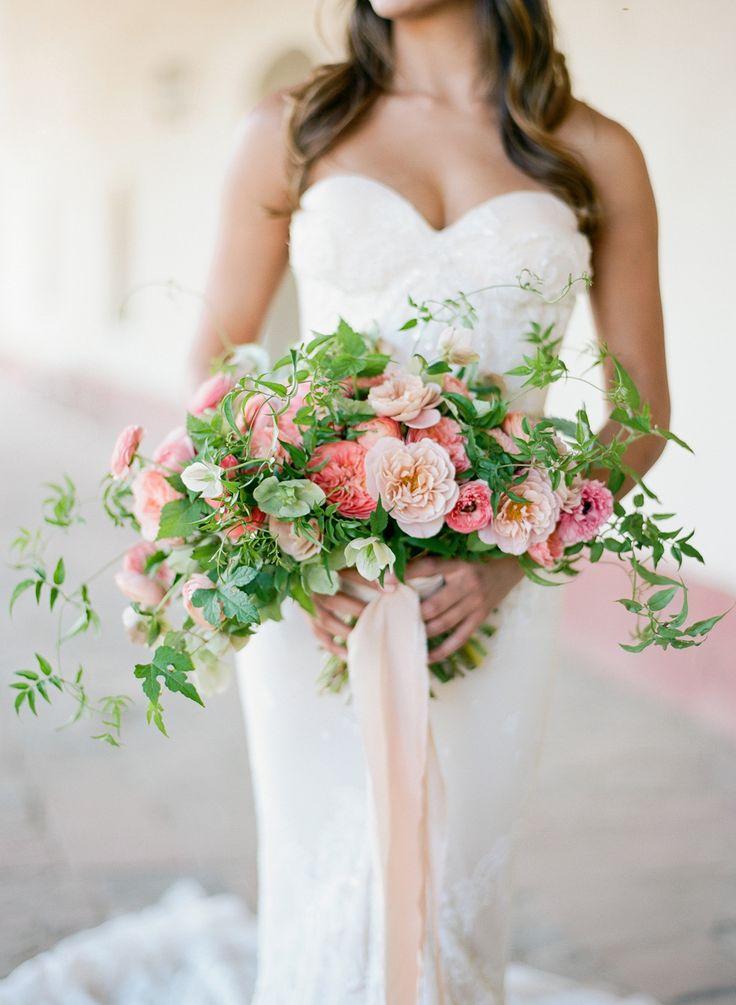 129 best crescent bouquet crescent shaped flowers images for Crescent bouquet