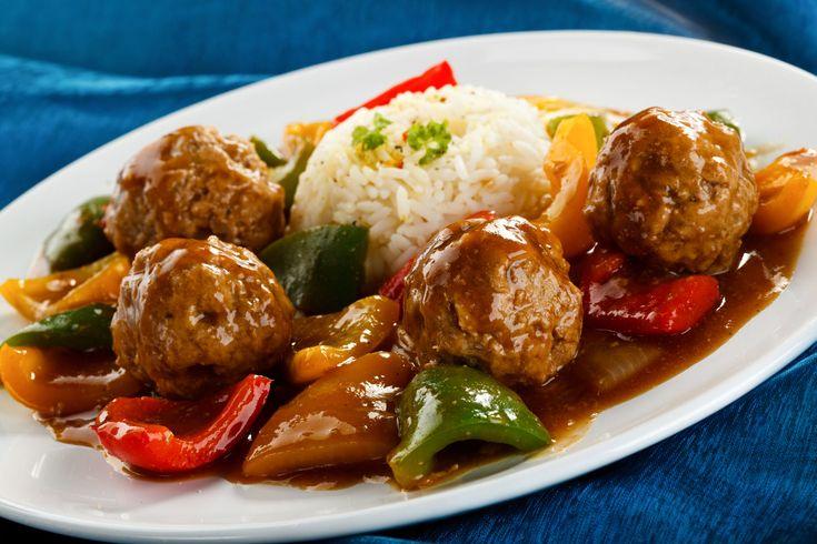 Daca esti un fan infocat al preparatelor chinezesti cu gust dulce-acrisor, atunci chiftelele cu legume sigur iti vor fi pe plac.