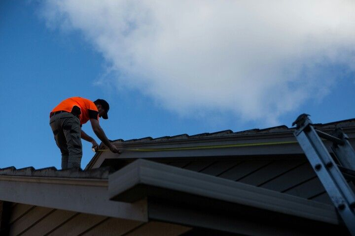 Roof repairs- Click4Trades 1800487233
