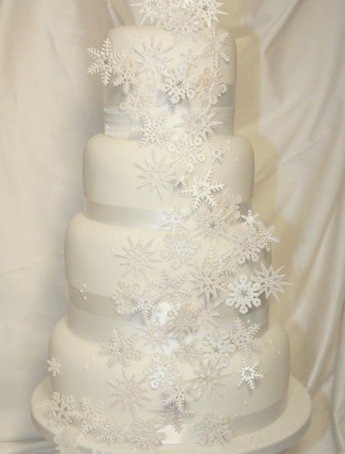 14 Best White Christmas Party Cake Images On Pinterest Cake