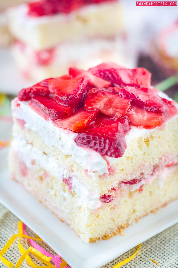Strawberry Shortcake Cake!!