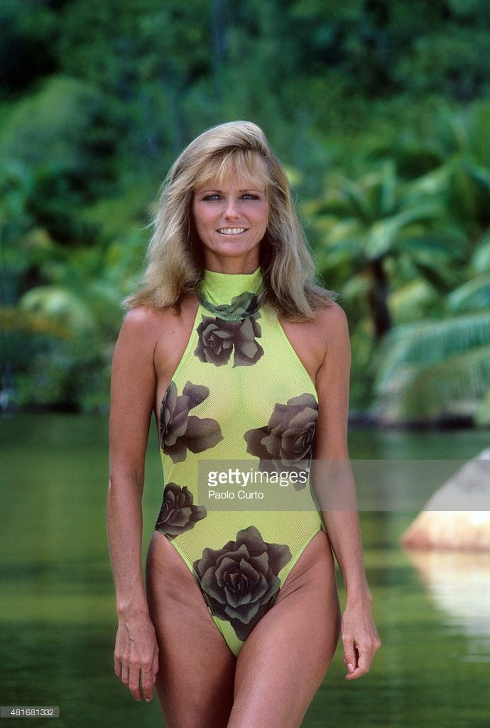 News Photo : Model Cheryl Tiegs poses for the 1989 Sports...