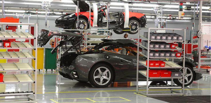 Piso epoxi na Ferrari da California.