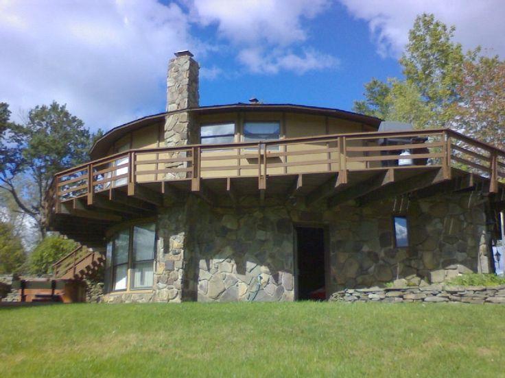 Elk Mountain, PA Ski House (8 bedroom, sleeps 24)