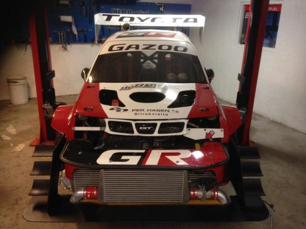 Custom Toyota Starlet With Two Engines Built By Roger Haland Toyota Starlet Toyota Engine Swap