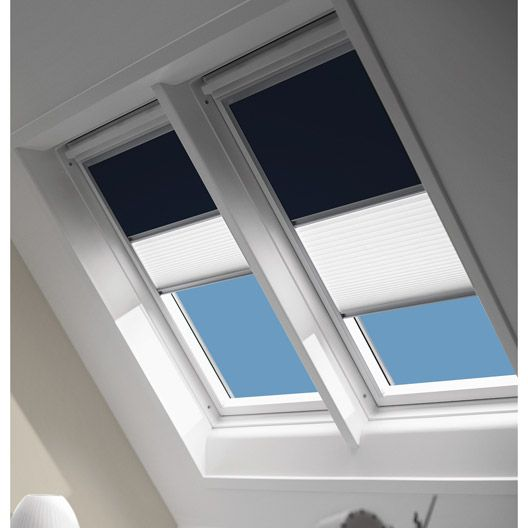 17 best ideas about store velux on pinterest store pour for Store occultant pour fenetre de toit
