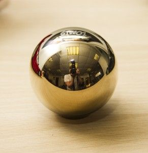 6TWO1 Spherical Bronze Chrome #Gearknob £31.99 The Spherical weighted gear knob is for those who prefer the round feel  Weighted to 550G these help the throw between gears and brings your driving experience to life!!! Honda fitment : M10x1.5  Locking nut also included