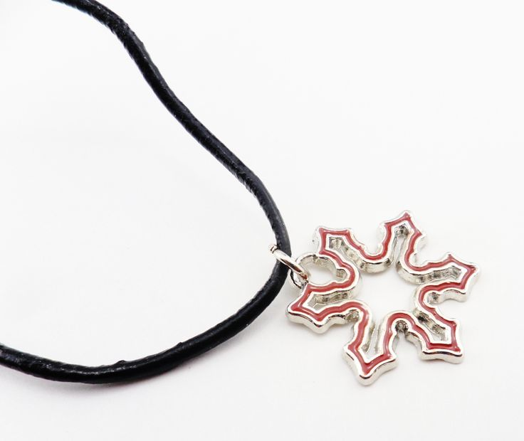 """Christmas Snowflake Red, 23mmx25mm 18.8"""" Leather Cord with Exten"""
