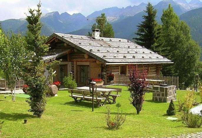 """Wohnung """"Taba"""" in einem typischen Baita in den Dolomiten in Südtirol mit Sauna und türkischem Bad. #travel #holidays #Urlaub #Ferienwohnung #Wandern #Berge #summer"""