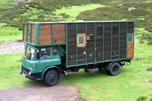 Horse truck conversion @ http://advrider.com/forums/showthread.php?t=603688=25