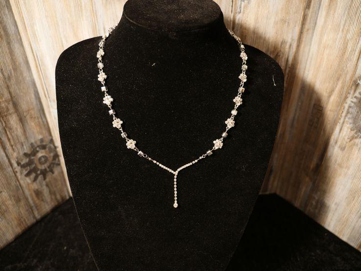 White pearl sparkle, by Tingxa