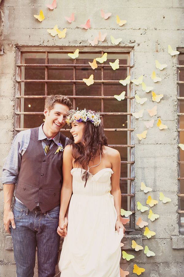 califonia hippiechic wedding with butterfly