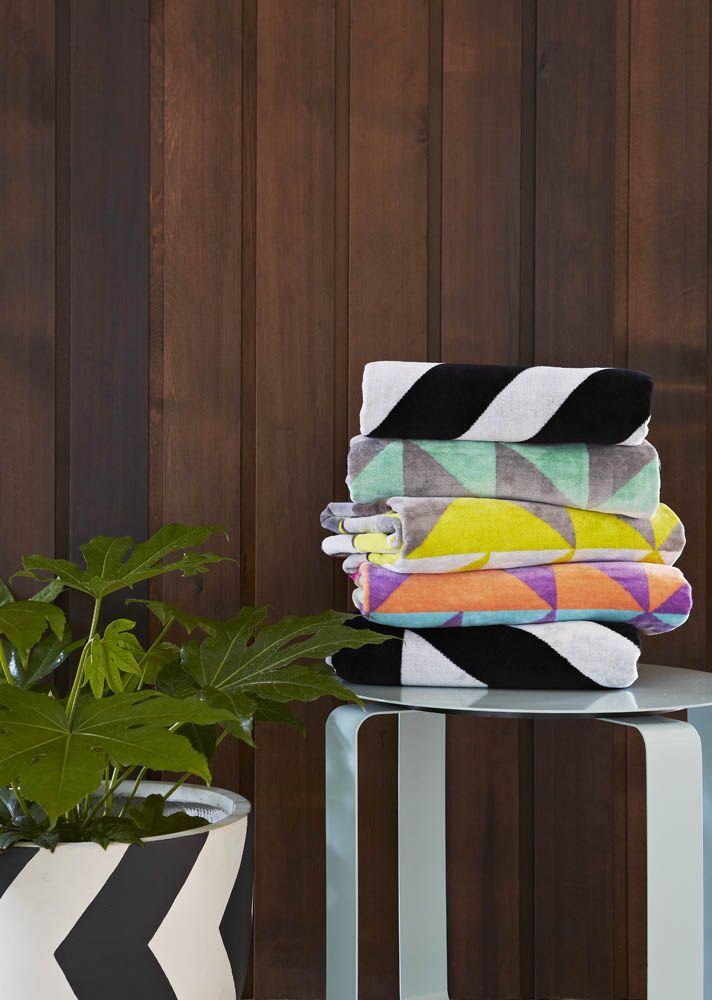 I JUST LOVE LOVE LOVE these towels.... <3 We chat with the girls behind the awesome towel brand Ziporah.
