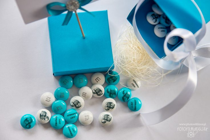 M&M's tiffany blue wedding candy details