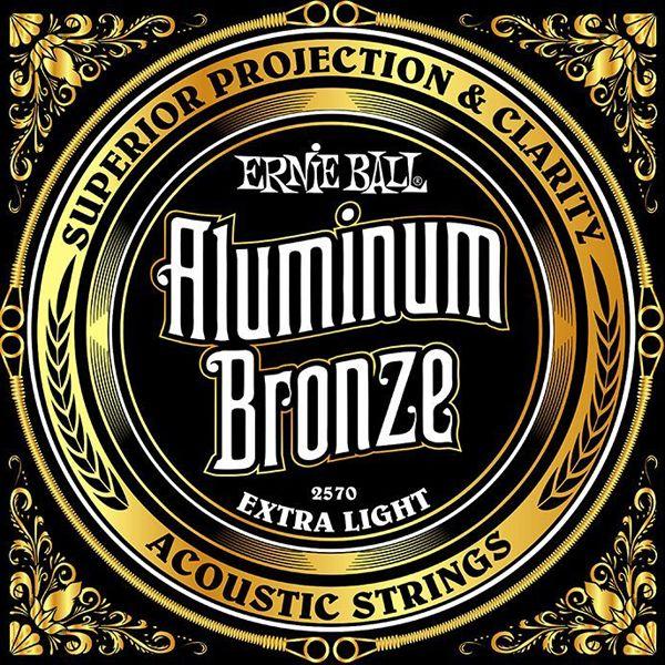 Jeu de 6 cordes de guitare Ernie Ball 2570 Aluminum Bronze Extra Light, pour guitare folk acoustique et électro-acoustique, en acier maraging et aluminium bronze. Cordes souples, adaptées pour un débutant. Made in USA. Tirants : 010 - 014 - 020 - 028 - 040 - 050