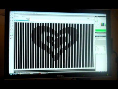 Optical illusion with plastic disc Animoo: Make and Do - Animated Optical Illusions