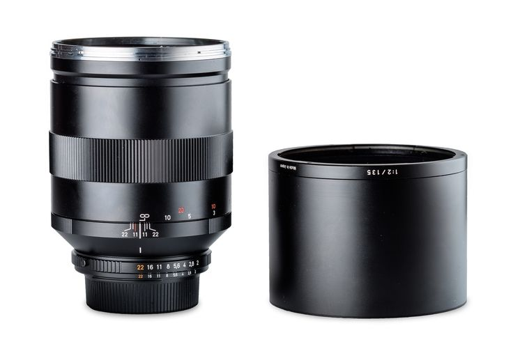 Carl Zeiss Apo Sonnar by Tom Stoncel on 500px