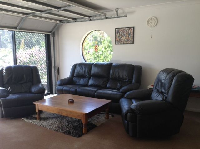 Leather 5 Seater Lounge Suite