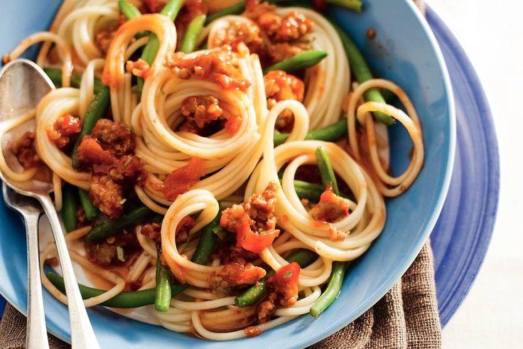 Kijk wat een lekker recept ik heb gevonden op Allerhande! Spaghetti met pit & boontjes