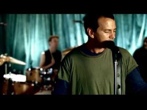 Pearl Jam - I Am Mine