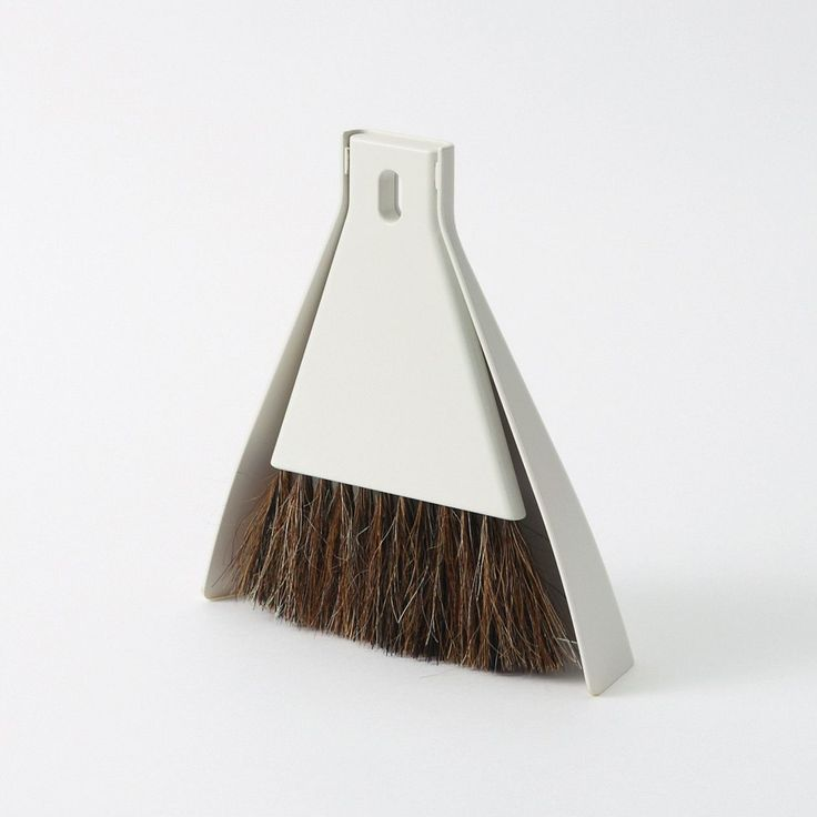 MUJI Desk Broom Set With Dustpan $4.50