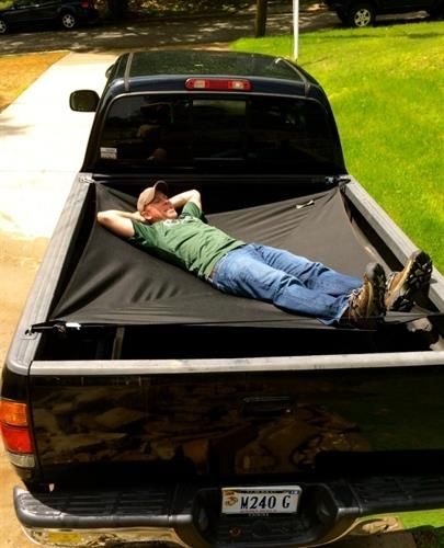 Jammock - Truck Hammock - Fits most truck beds - https://www.facebook.com/roadaccidentcom