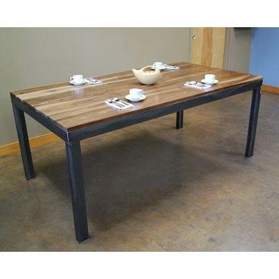 Mesas comedor de hierro y madera en for Comedor industrial