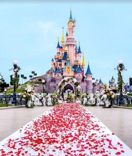 OMG! Jetzt können wir im Disneyland Paris heiraten!