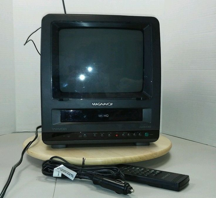 "Magnavox 9"" TV VCR Combo VHS Color with Remote CCR095AT04 Works Great! #Magnavox"