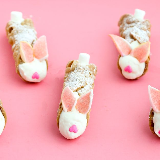 I've got a quick and simple last minute Easter dessert idea for you today. E…   – Easter.