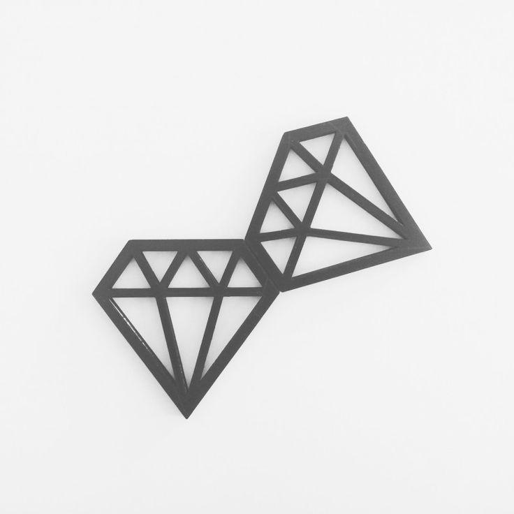 Diamond hanger 3d printed www.smart3dprint.nl
