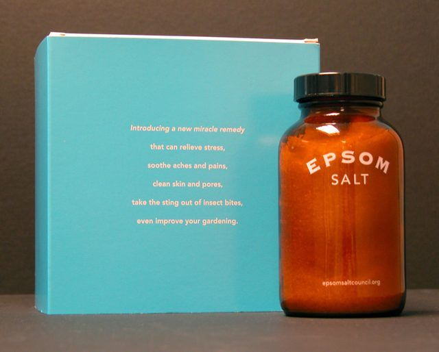 Are Epsom Salts Good for a Colon Cleanse? There are no standard formulations or recipes for making an Epsom salt solution to be used as a colon cleanser, but most experts recommend using 2 to 4 teaspoons of Epsom salt to one glass or 8 oz of fluids. Substituting a fruit juice to help mask the taste of the Epsom salts can be a good idea since the Epsom salt solution has a very distinctive odor and taste. Prepare a few days in advance of the colon cleanse and reduce the intake of solid…