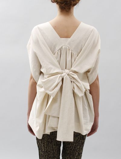 ...the idea of a modern kimono w/obi...but I need long sleeves & a bit more fit in the front...