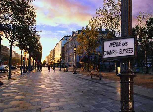París (Campos Elíseos) http://maleta-en-mano.blogspot.com.es/2015/04/paris-de-notre-dame-al-arco-del-triunfo.html