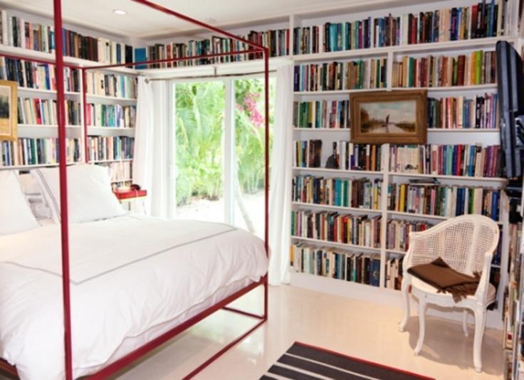 Books bedroom