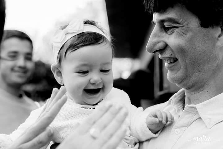 Hoy es la primera vuelta al sol de Oli  que tiene una sonrisa despampanante   Feliz cumple Oli <3  #fotografosargentinos #fotografíadebodas #familia  #amor #1año #sonrisas #marucignoli