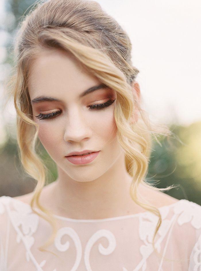 Smoky Rose Gold Bridal Makeup  https://heyweddinglady.com/colorado-mountain-wedding-shoot-boho-chic-style/    #wedding#weddings#weddingideas#bohemianbride#bohemianwedding#fallwedding#autumnwedding#eventdesign#weddingstyling#bohobride #floraldesign #weddingflowers