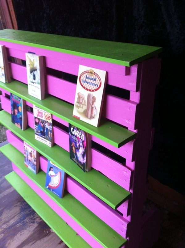 Pallet Bookshelf Stores The Mess Inside