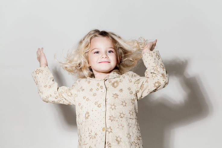 Let's Dance! Reversible Coat by #pèro online on www.woopeye.com   http://www.woopeye.com/shop-1224-cappotto-reversibile-in-cotone-jacquard.html