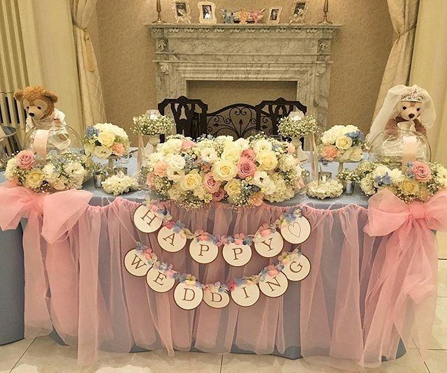. #ひろゆか結婚式装飾レポ 2 . . #チュール高砂 . . けっこうギリギリに作った#リボン高砂 . . あたしの最後のDIYです! . これ、お譲り出して、需要あるか迷ってて、お譲りアカに載せてないやつ。 . . 装花の色合いもツボすぎてめっちゃお気に入り♡♡ . . #ウェルカムスペース にいた#ウェルカムドール の#ダッフィー と#シェリーメイ もこっちに移動♡♡ . . 好きな色、好きなものに囲まれたお気に入り高砂です! . #結婚式ガーランド#チュールカーテン #高砂#高砂装飾#高砂装花 #結婚式装花 . . . ゆかぽんお譲り→@mu_yuka_oyuzuri . . #結婚式当日レポ#ひろゆか婚 #2016awd#ちーむ1002 #アクアガーデンテラス#ハナコレストーリー #ウェディングレポ #全国のプレ花嫁さんと繋がりたい #全国の卒花嫁さんと繋がりたい #日本中の卒花嫁さんと繋がりたい #関西卒花 #marry花嫁#marry本装飾アイテム #シンデレラウェディング #ディズニーウェディング #卒花嫁レポ#ウェディングニュース