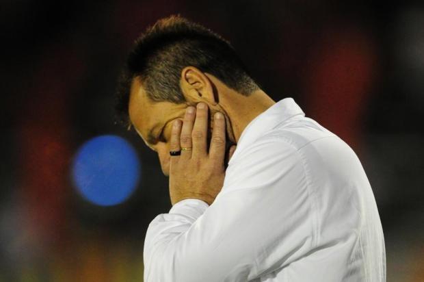 Inter demite o técnico Dunga após sequência de derrotas no Brasileirão http://zerohora.clicrbs.com.br/rs/esportes/inter/noticia/2013/10/inter-demite-o-tecnico-dunga-apos-sequencia-de-derrotas-no-brasileirao-4290422.html