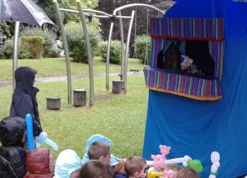 A puppet show under the marquee in Fort Hill park, Enniskillen  www.littlegempuppets.com