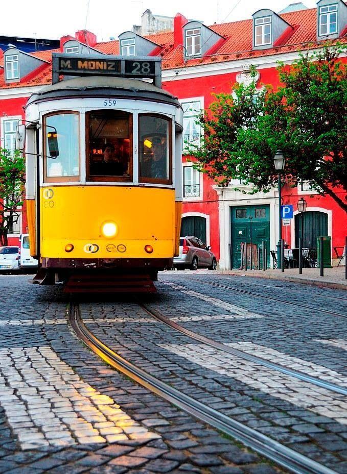 Lisbon tramway Moniz.... Portugal Mdc