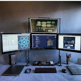 cool #coding #setup . . Having some #Type ..... . . . . . follow @ayew_rasdov  @ayew_rasdov . . . . #coding #pc #websterhall #web #webdeveloper #webdesigner #java #php #javascript #css #html5 #paython #vb #programming #project #coding #coder #code #designer #softwaredeveloper #softwareengineering #software