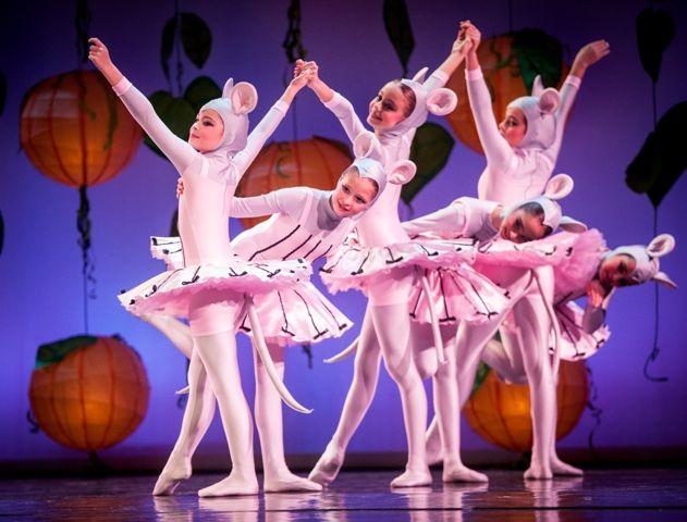 «Η Πεντάμορφη & το Τέρας» Athens Children's Ballet