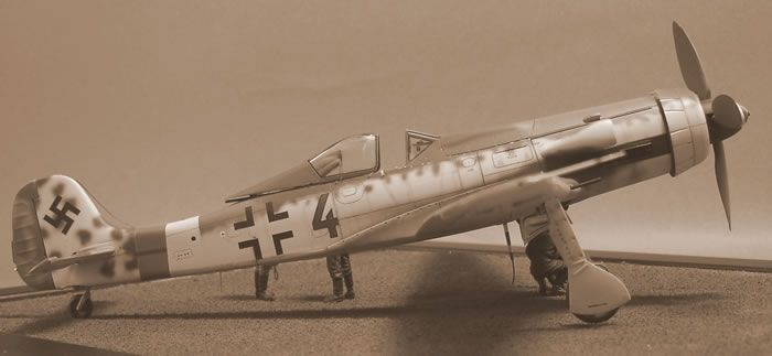 Dragon 1/48 scale Ta 152 H-0 by Eric Duval: Image