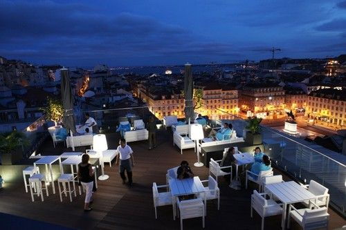 Rooftop Bar in Hotel Mundial