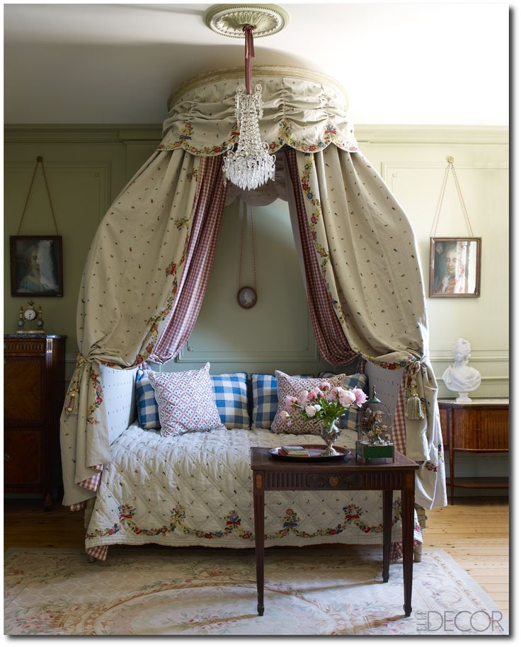 18th century family dining the extra room 6 french provence decorating ideas - Stone Slab Canopy Decorating